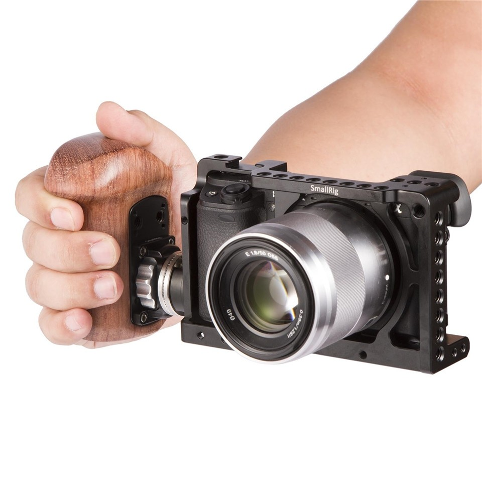 SmallRig Right Side Wooden Grip with Arri Rosette Bolt-On Mount 2083C